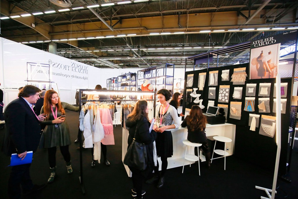 Since 2011, with a gathering that takes place once a year in Paris as part of the Première Vision fair, MAISON D'EXCEPTIONS honours international craftsmanship, bringing together a selection of workshops and companies whose mission is to support the development of ancestral, folk or contemporary techniques.
