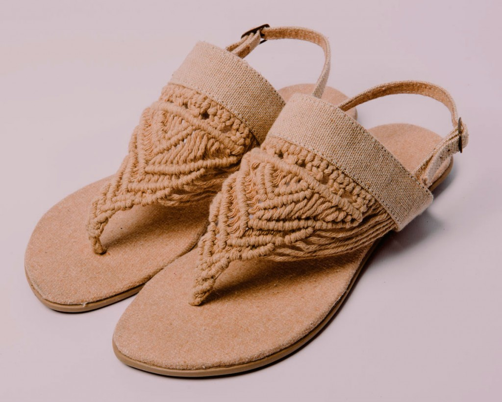 macrame-festone-handmade-shoes